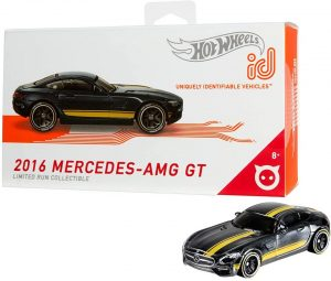 2016 Mercedes-AMG GT is